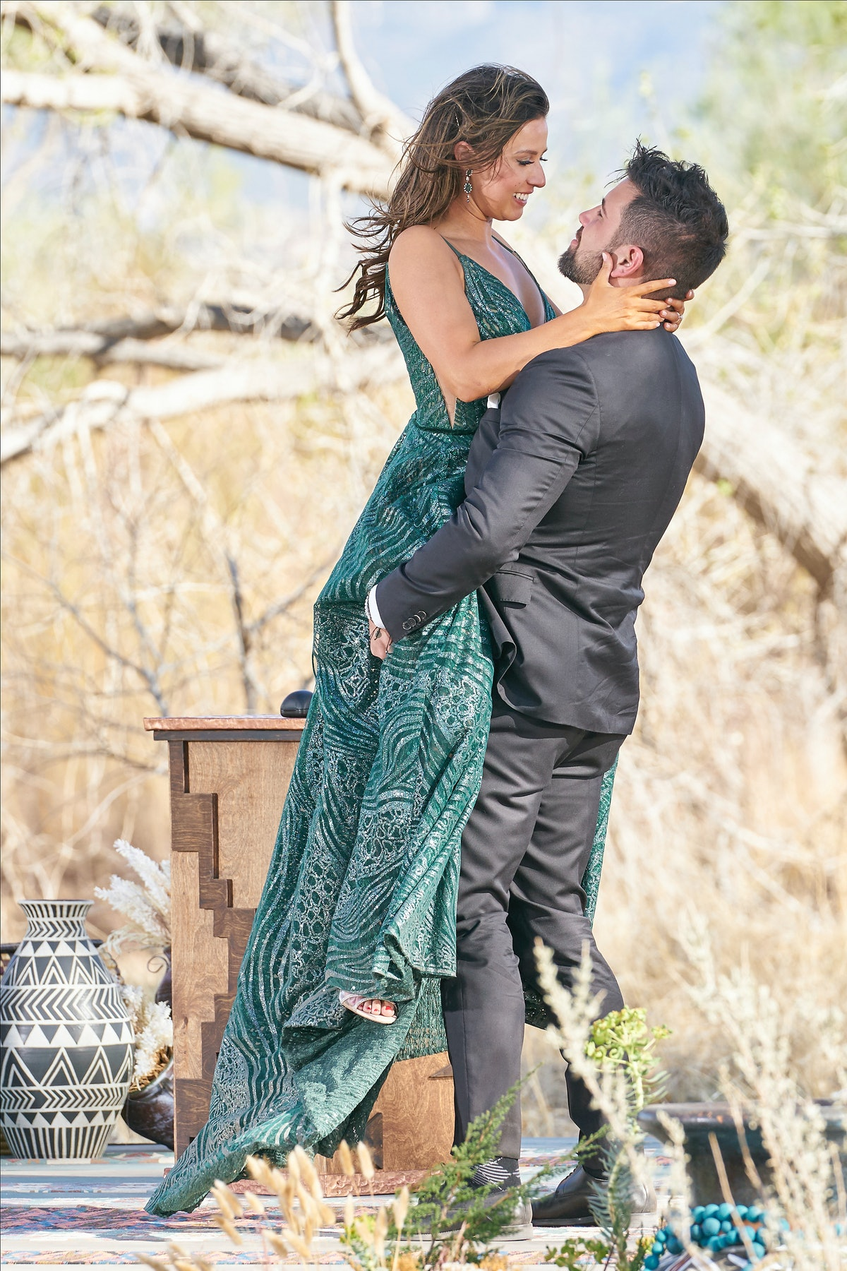 'The Bachelor' and 'The Bachelorette' have a tradition of windy proposals.