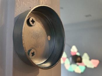 A pull-up bar bracket