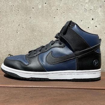 nike fragment design dunk high black blue
