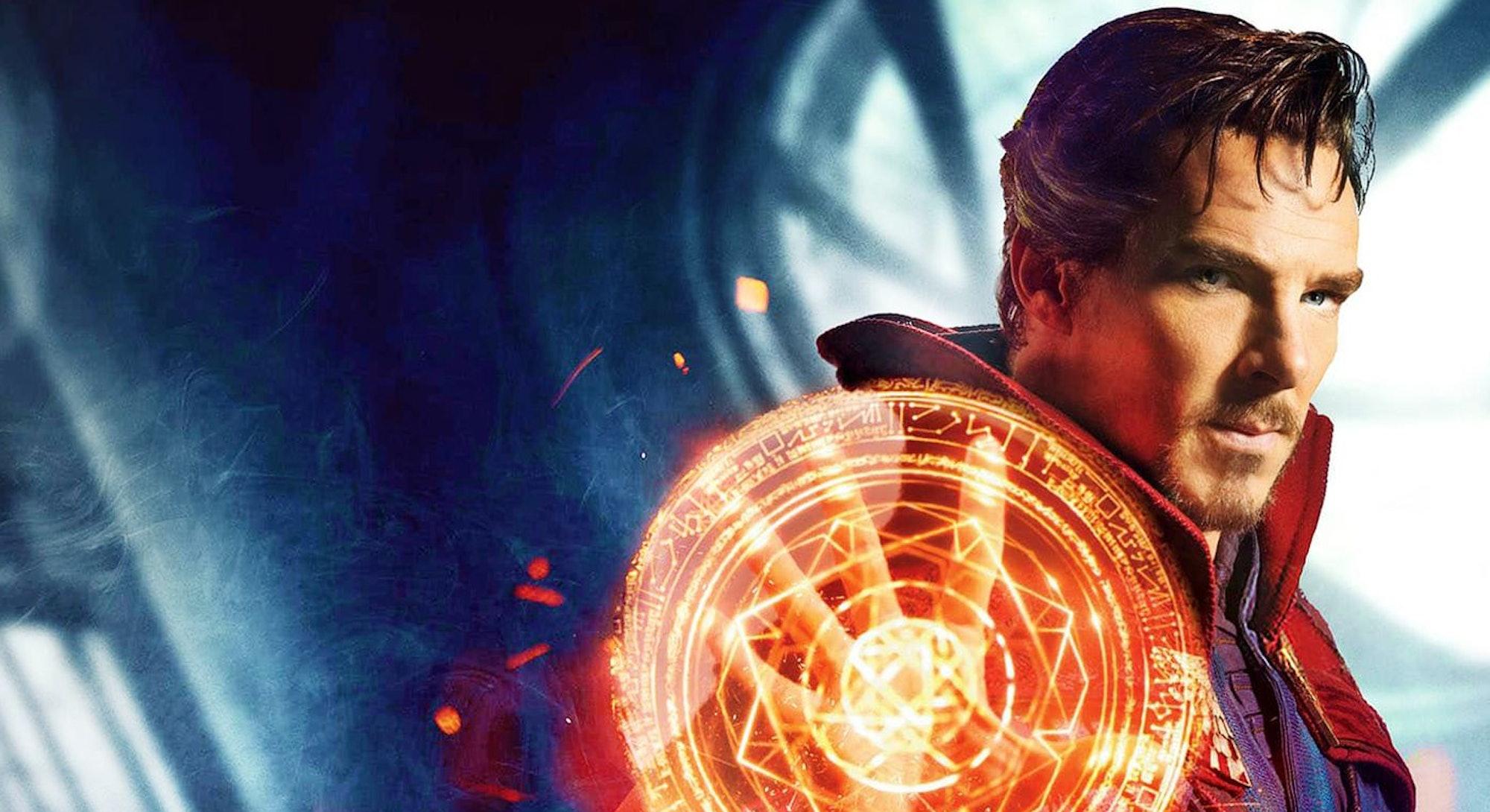 Benedict Cumberbatch casting magic spell as Doctor Strange