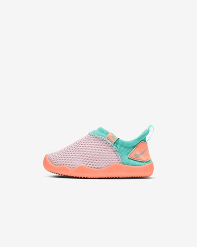 Nike toddler aqua sock shoe with mesh upper, in peach and teal colors