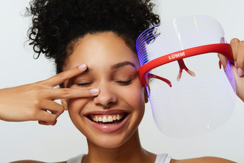 Meet the LUMM LED GlowPanel 2.0, the light therapy mask Instagram is obsessed with.