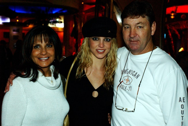 Britney Spears with parents Lynne and Jamie Spears, who agreed to step down from her conservatorship