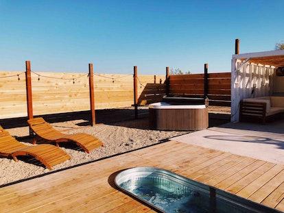 Yucca Valley Airbnb bathroom
