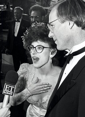 Matlin and her 'Children of a Lesser God' co-star, William Hurt, at the Oscars.