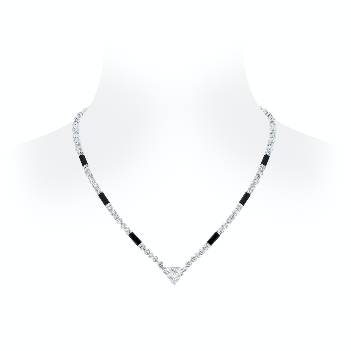 Pure V Necklace