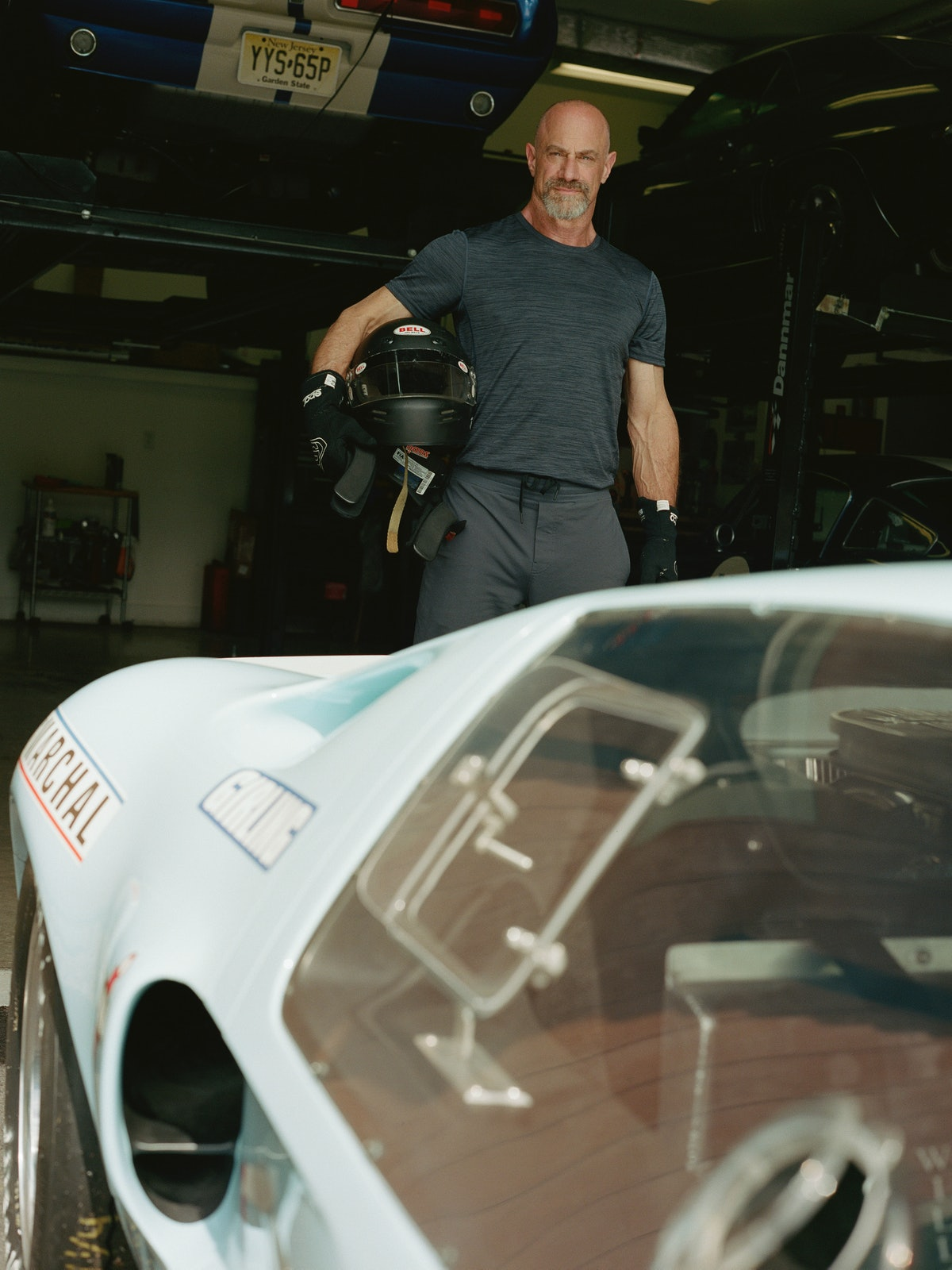 Christopher Meloni as a race car driver from Formula 1: Drive to Survive