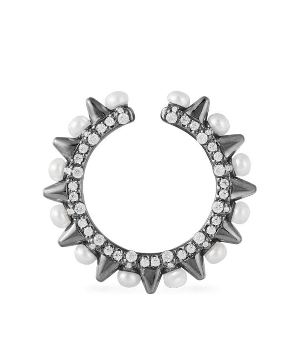 SPIKE MONO SLIDING EAR CUFF WITH PEARLS