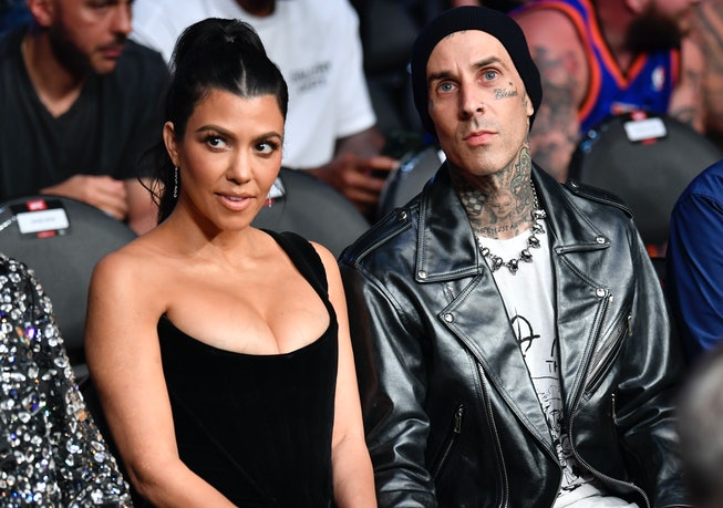 Travis Barker flew on a plane for the first time since a deadly 2008 crash.