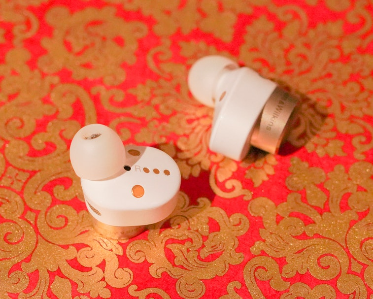 Bowers & Wilkins PI7 review: Best wireless earbuds for watching movies on plane