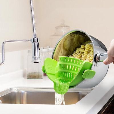 Kitchen Gizmo Snap-On Strain