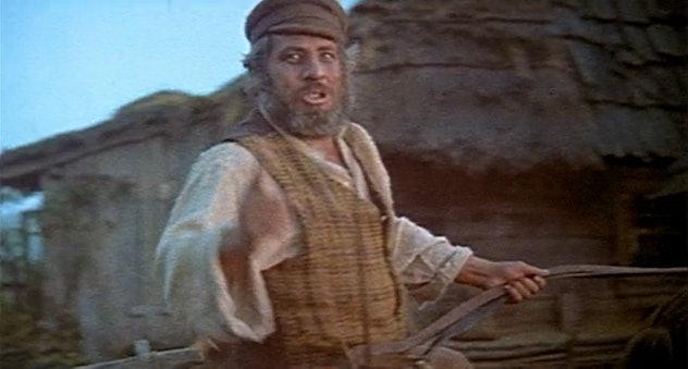 Topol as Tevye the milkman