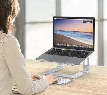 best macbook pro stands