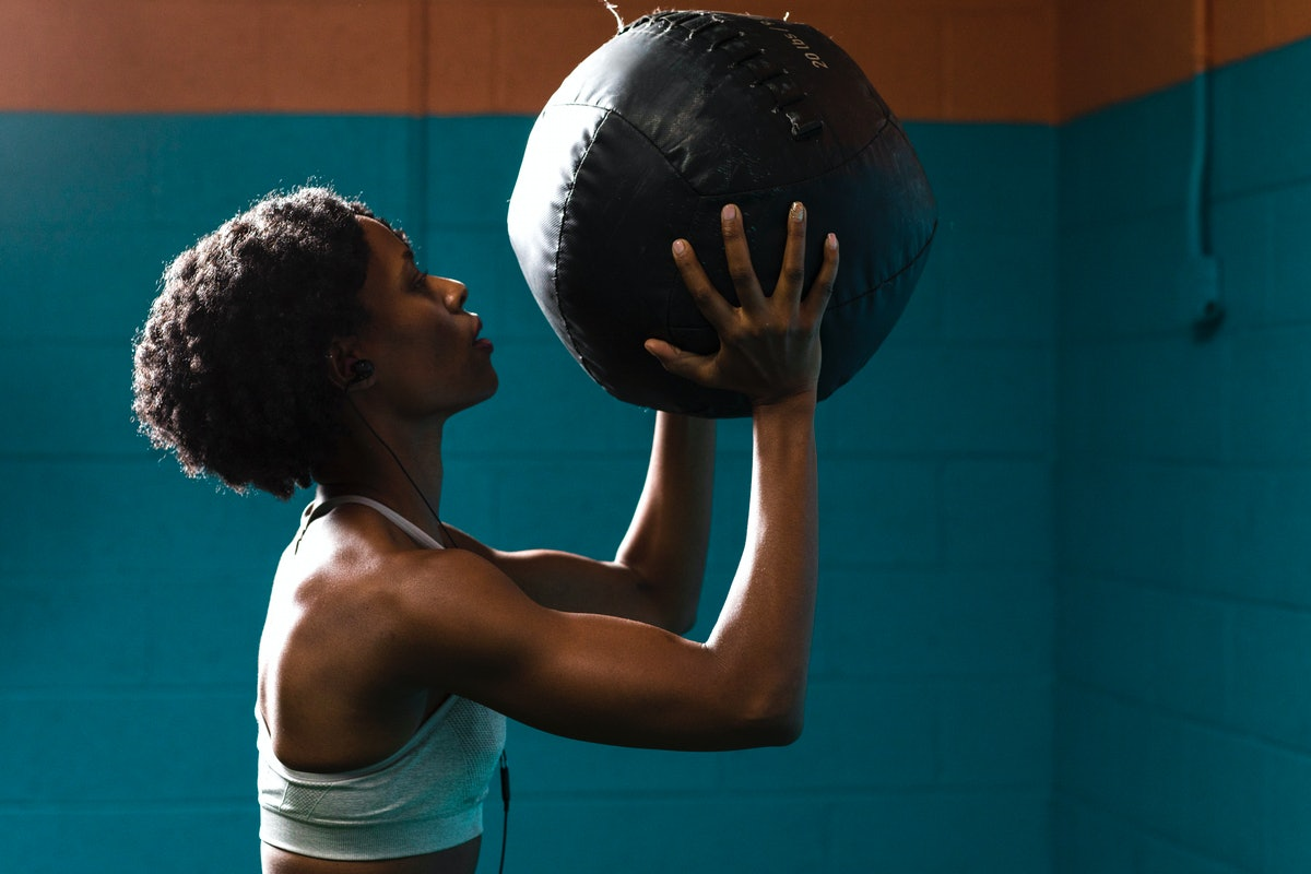 Target multiple muscle groups in this multitasking medicine ball workout.