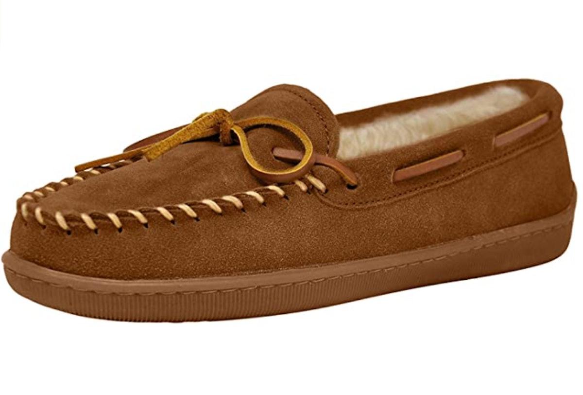 Minnetonka Hardsole Pile-Lined Moccasin Slippers