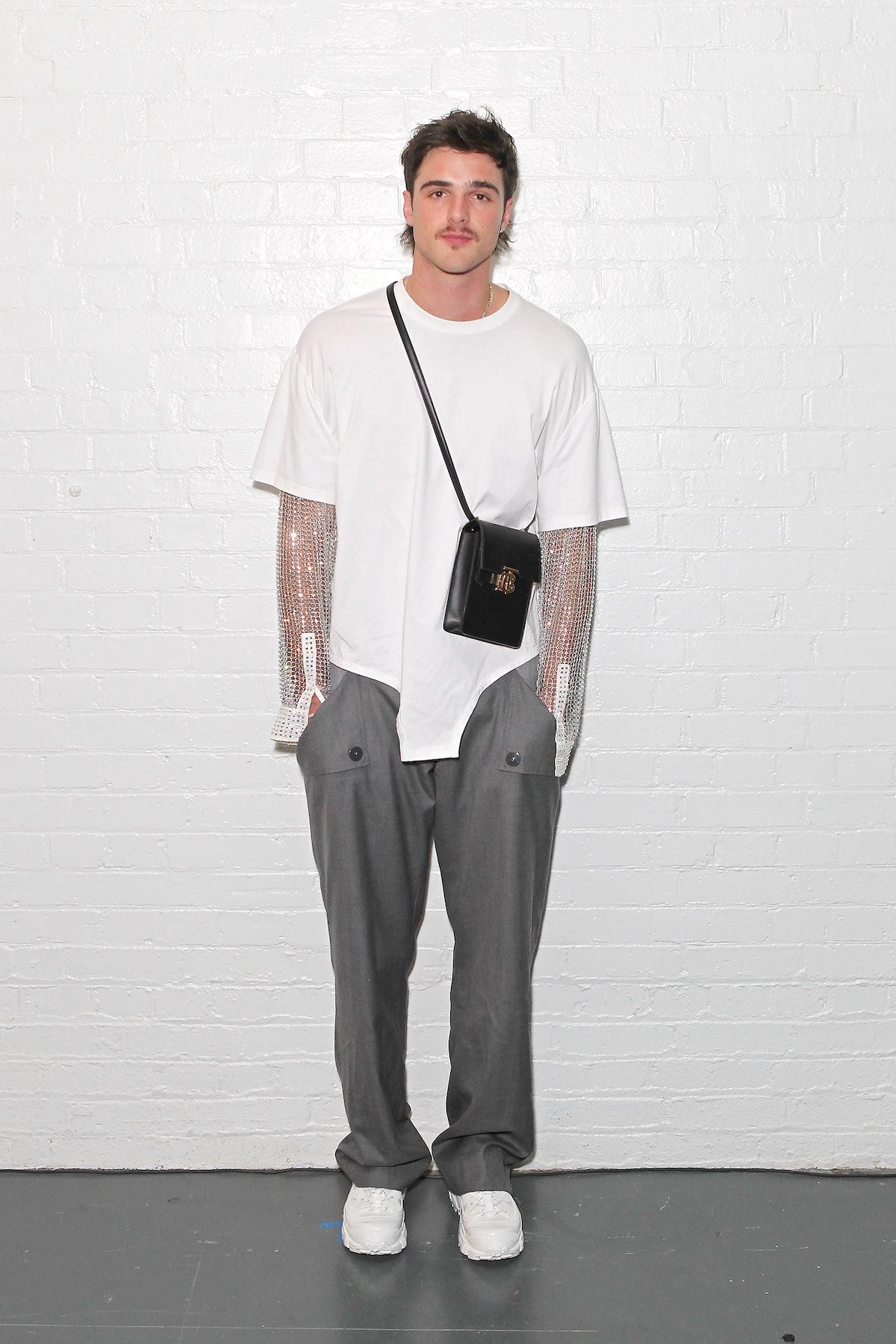 Jacob Elordi wearing a mullet lite