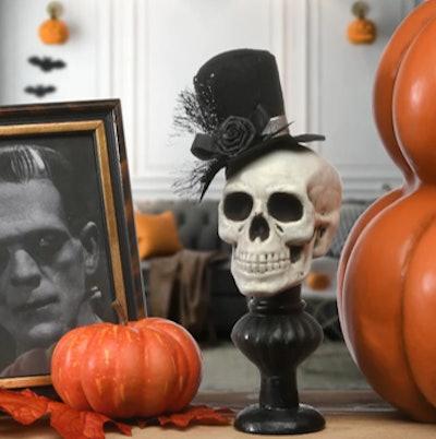 "10"" Top Hat Wearing Skull Halloween Decoration"