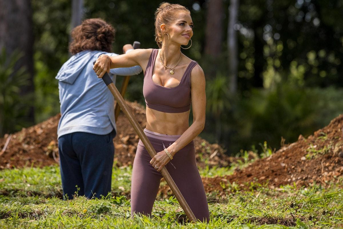 Samara Weaving as Jessica in Hulu's 'Nine Perfect Strangers'