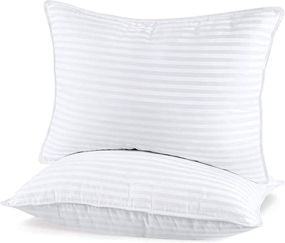 Utopia Bedding Bed Pillows (2-Pack)