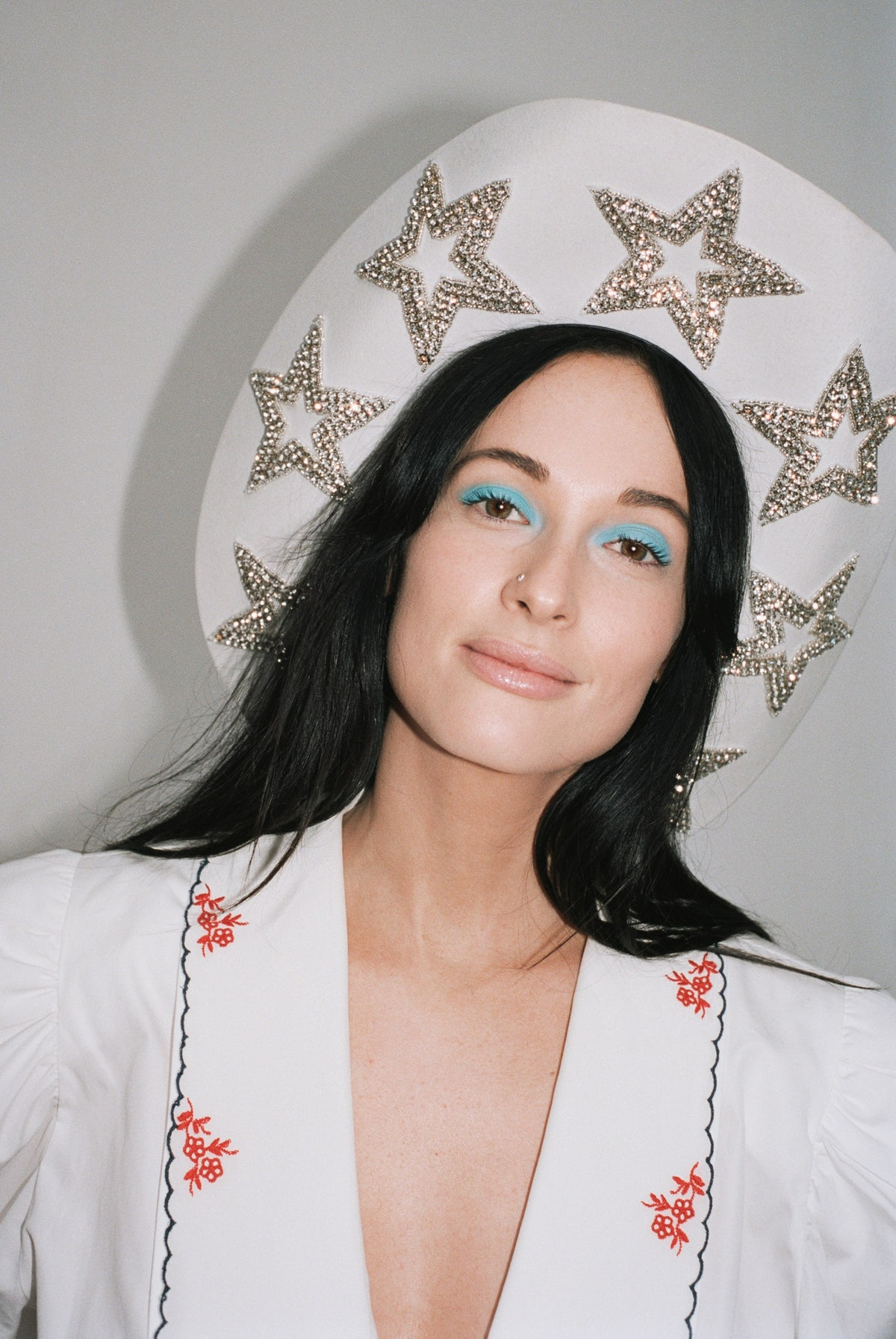 Kacey Musgraves in cowboy hat.