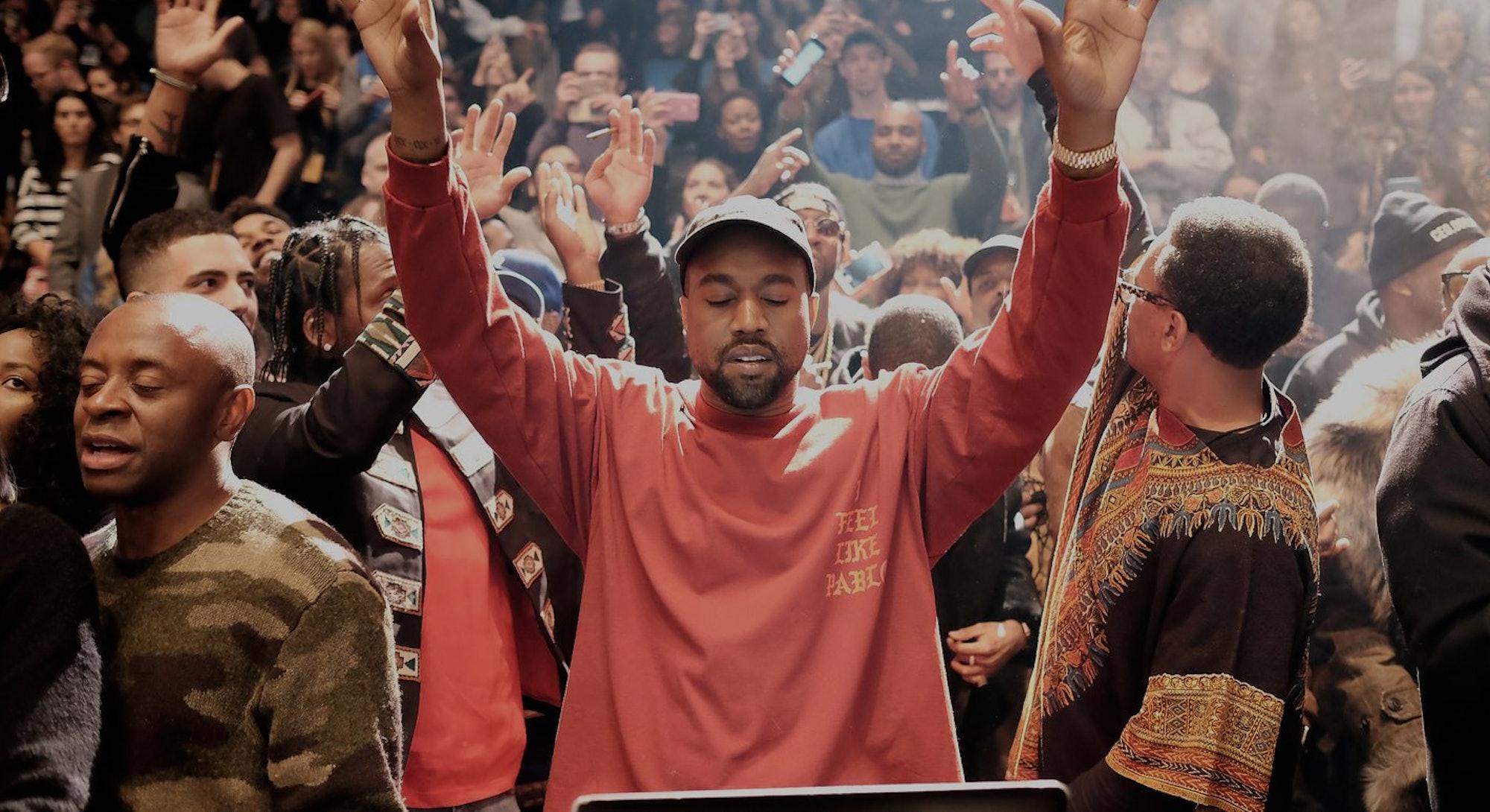 """Kanye West """"I Feel Like Pablo"""" T-shirt The Life of Pablo"""