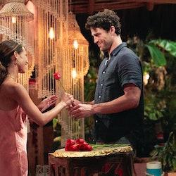Joe Amabile giving Serena P. a rose on 'Bachelor in Paradise'