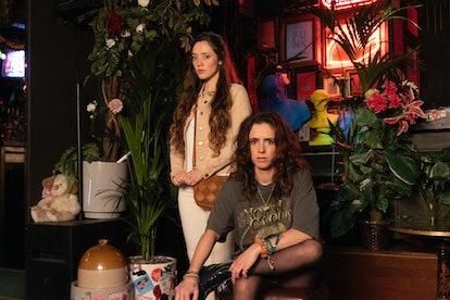 Ladybaby's Kate (MIRREN MACK), Suzie (AMY MANSON)