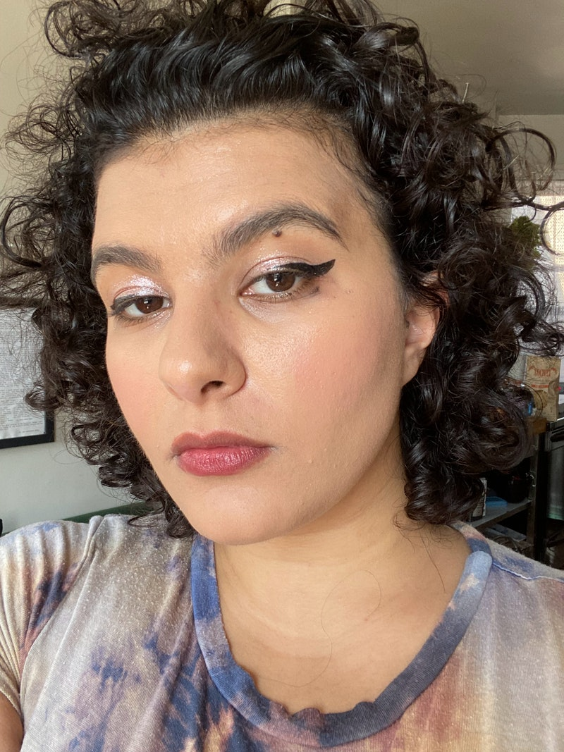 I tried an eyeliner + remover hybrid product: the Meloway Your Way Eyeliner + Remover pen.