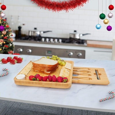 VaeFae Cheese Board and Knife Set