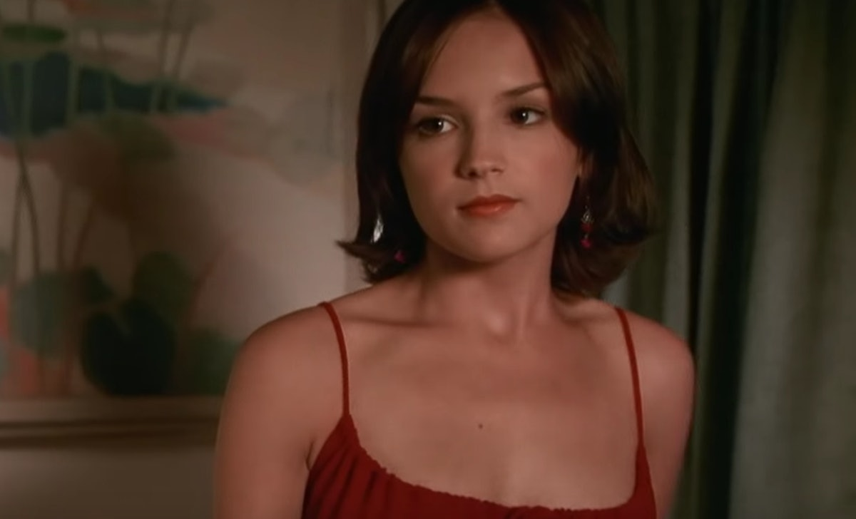 Laney's red dress in 'She's All That' was referenced in 'He's All That.'