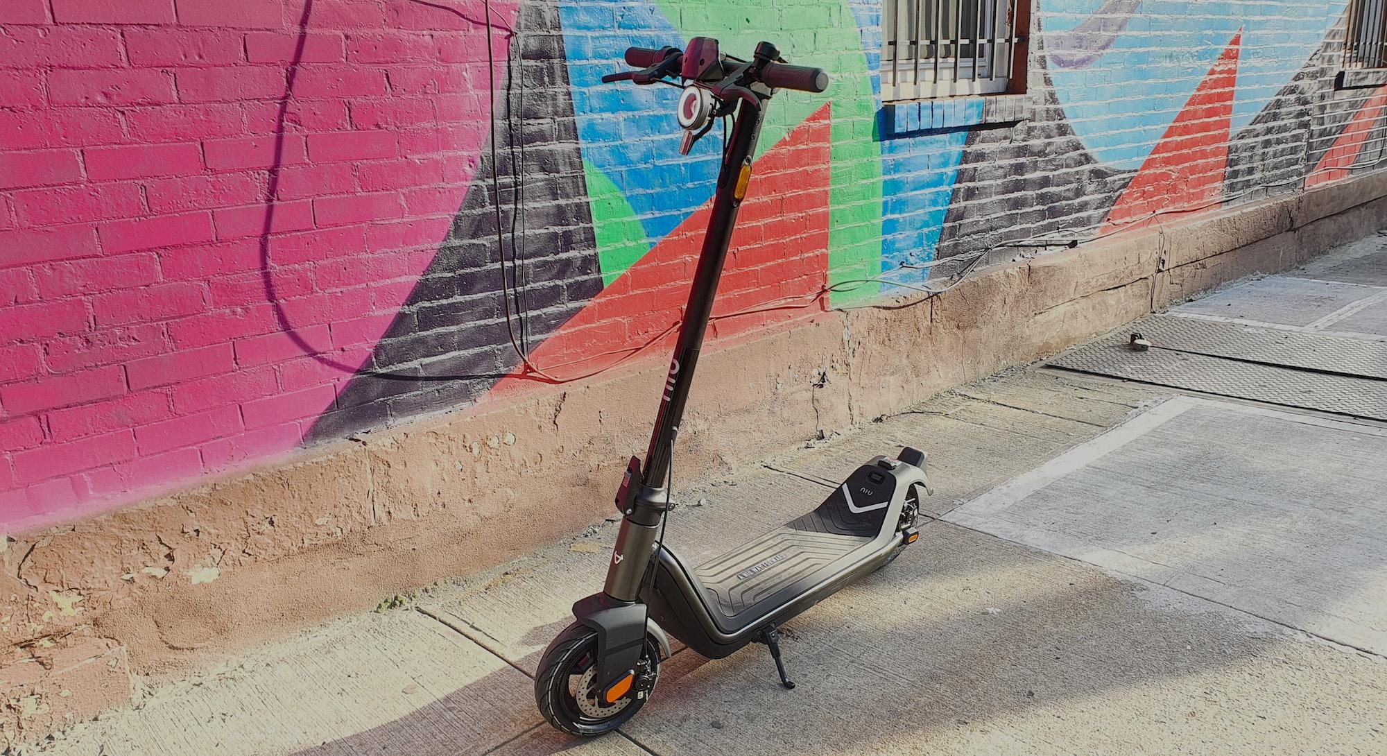 Niu KQi3 Pro e-scooter review