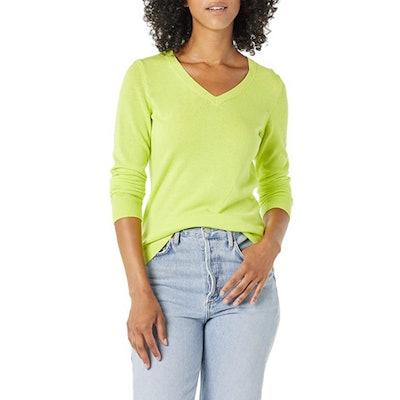 Amazon Essentials Classic Fit Lightweight V-Neck Sweater