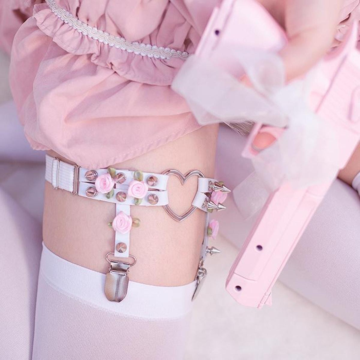 Rose Leg Garter