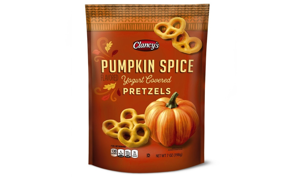 Aldi's pumpkin offerings for fall 2021 include food and candles.