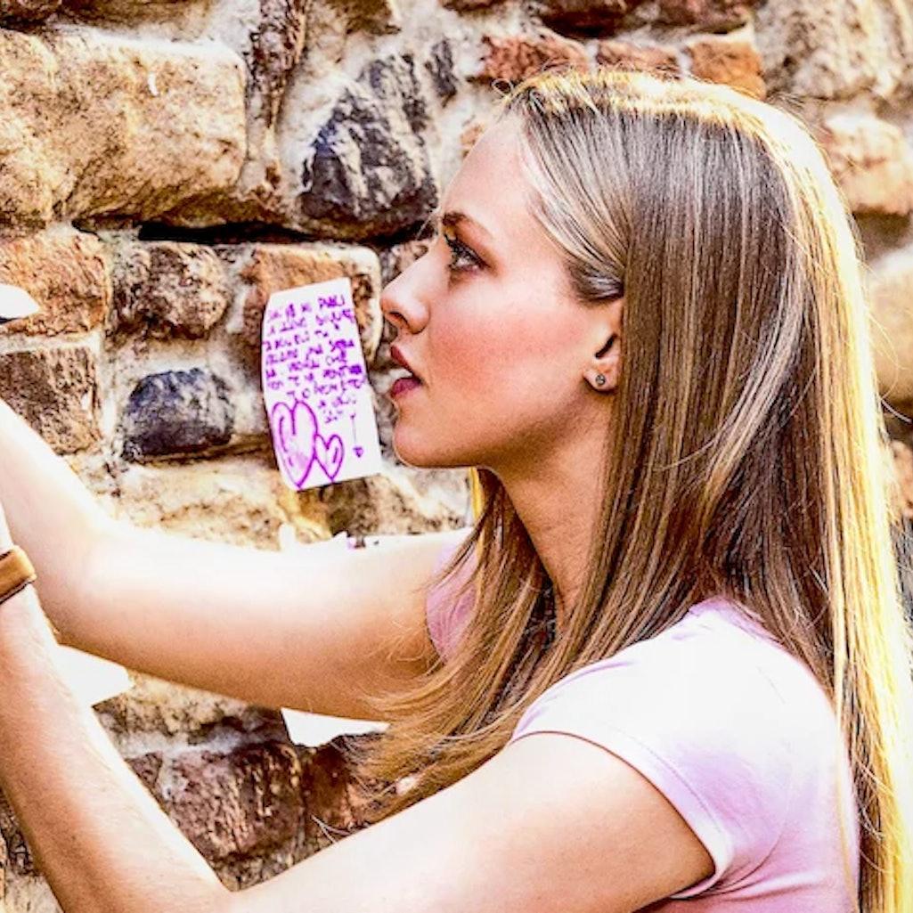 Amanda Seyfried appears in the 2010 film 'Letters to Juliet.'