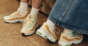 """Nike """"Happy Pineapple"""" Piñatex sneakers"""