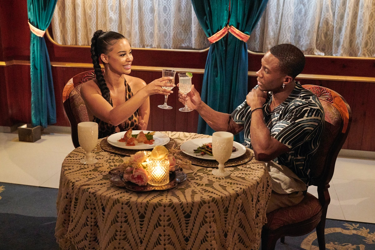 Maurissa Gunn and Riley Christian toast on steamy date on Bachelor In Paradise
