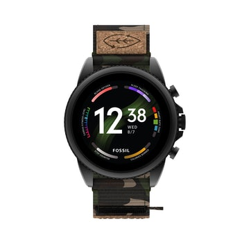 Gen 6 Fossil smartwatch with camo design