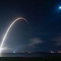 SpaceX resupplies the ISS while NASA reaches toward Mars