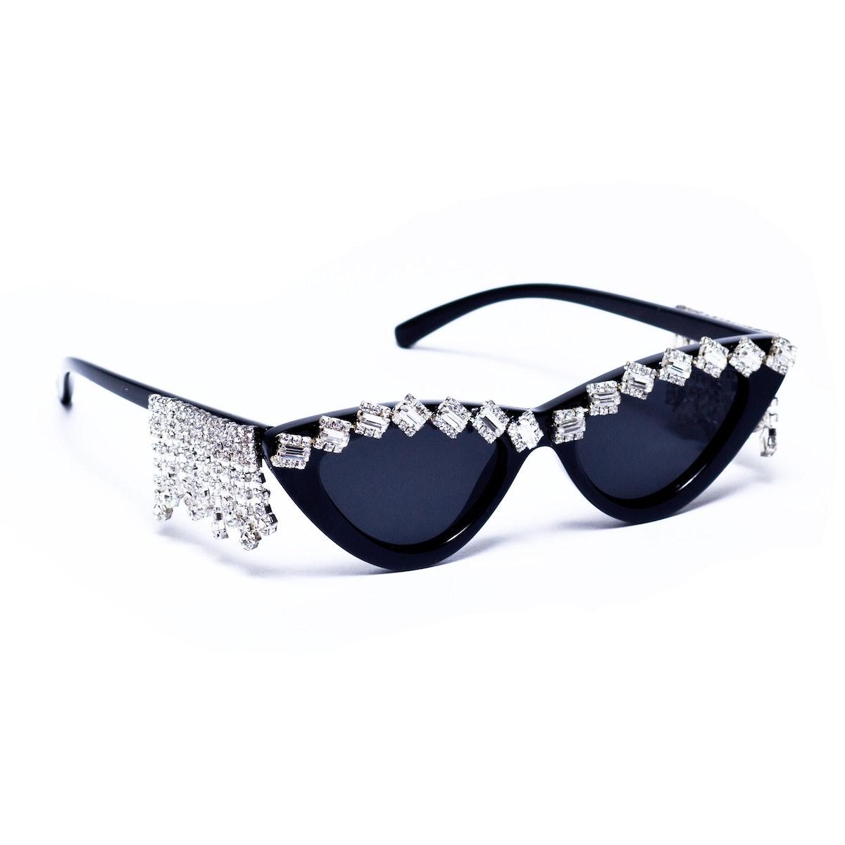 Nroda Showstopper Sunglasses