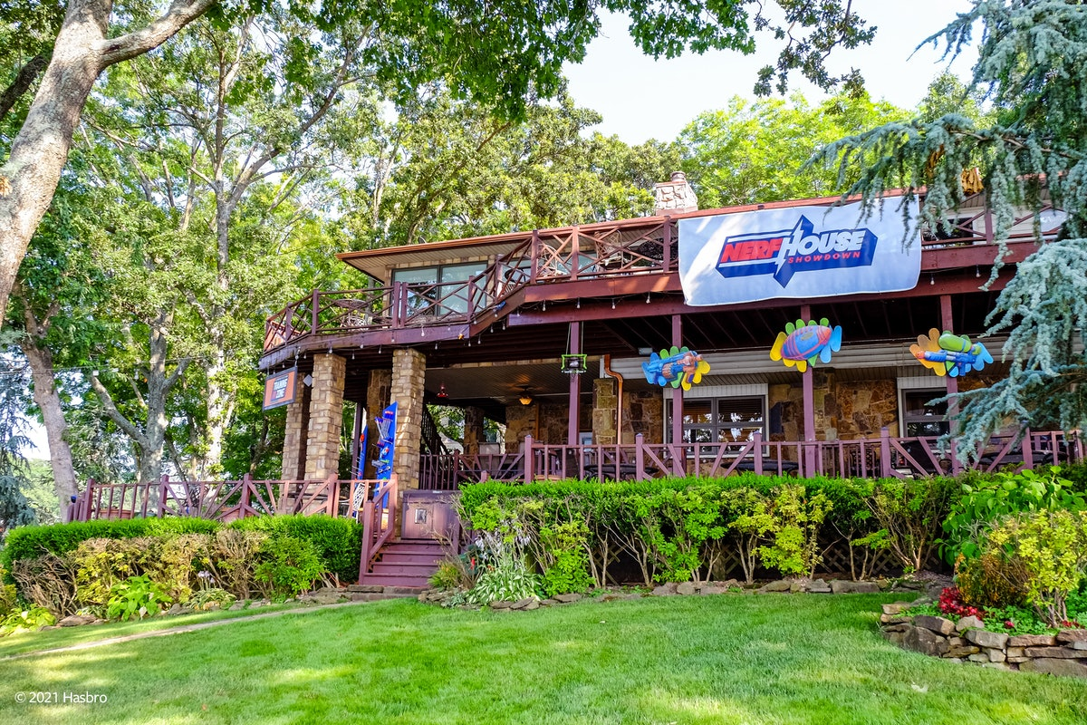 The Vrbo and NERF lake house in Oklahoma is the perfect vacation for the end of summer.