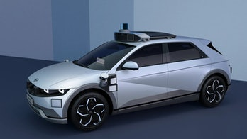 Motional has unveiled its new robotaxi that will be available through Lyft starting in 2023.