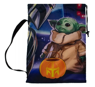 Star Wars: The Mandalorian Pillowcase Treat Bag