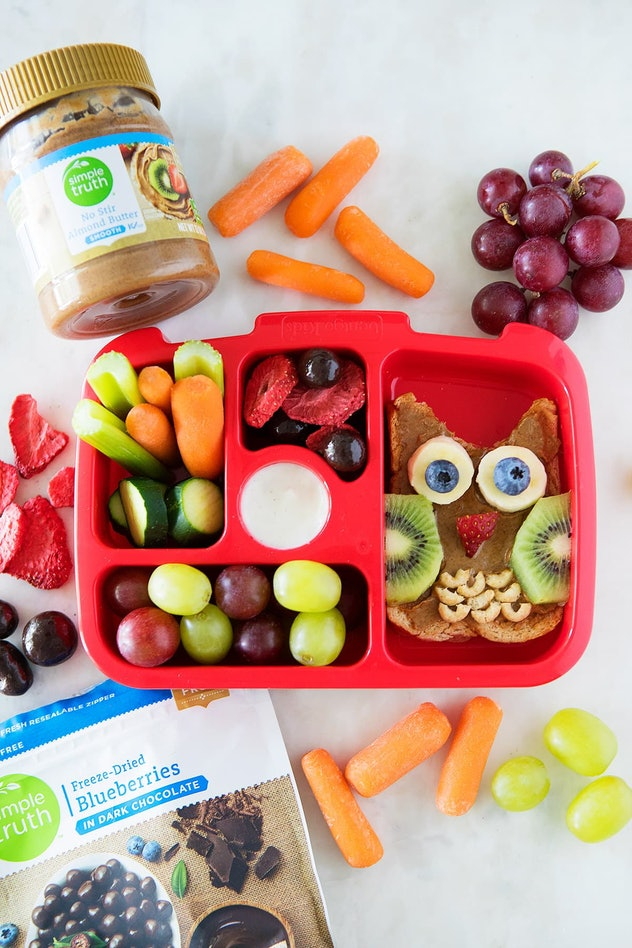 owl shaped toast lunch box with snack sides