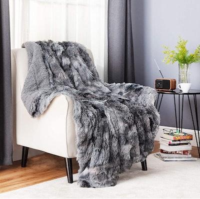 Bedsure Faux Fur Blanket