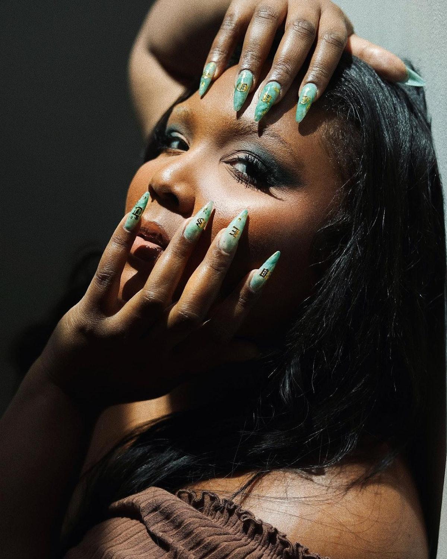 Lizzo 3D nail art manicure