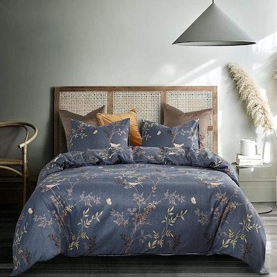 Wake In Cloud Gray Comforter Set (3 Pieces)