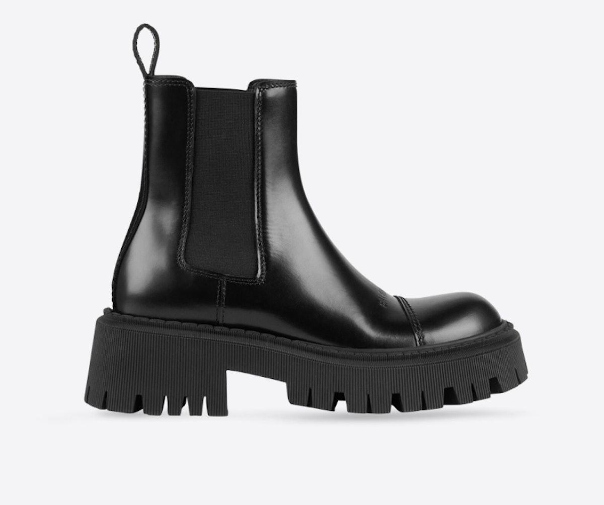 Balenciaga's women's platform tractor boots in black.