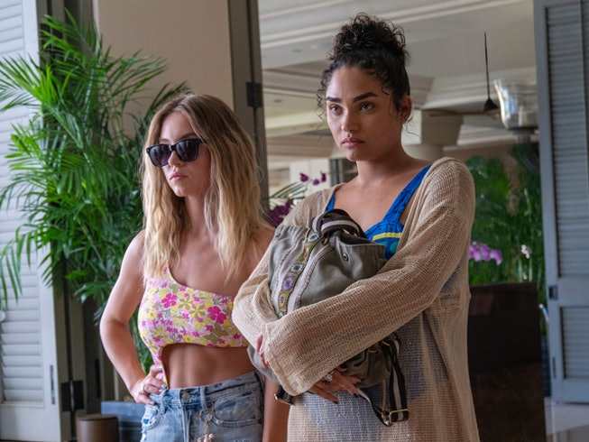Brittany O'Grady and Sydney Sweeney in 'The White Lotus'