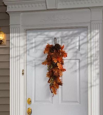 "35"" Harvest Maple Leaf Teardrop Halloween Prop"